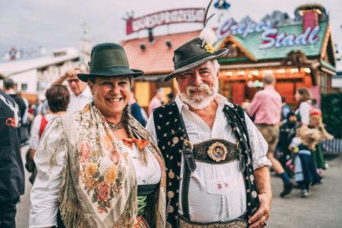 Oktoberfest people vendtra